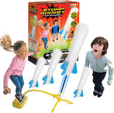Amazon.com: Stomp Rocket The Original Jr. Glow Rocket Launcher, 4 Foam  Rockets and Toy Air Rocket Launcher - Outdoor Rocket STEM Gift for Boys and  Girls Ages 3 Years and Up -